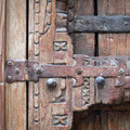 000305-wooden-door-in-neve-tzedek