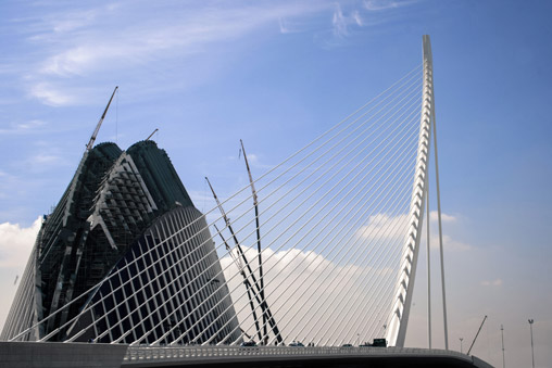 036809-valencia-strings-bridge2