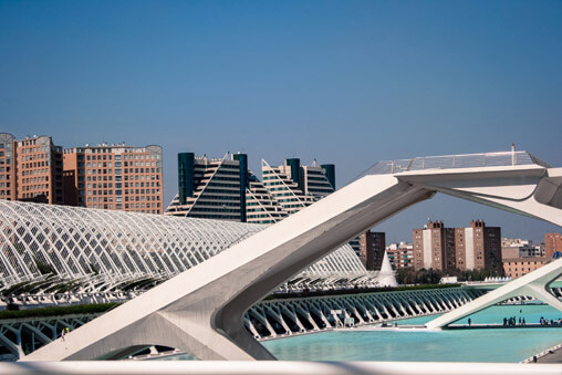037109-valencia-arts-and-science-center