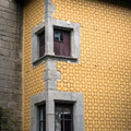 042509-barcelona-yellow-building