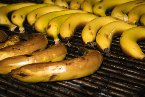 046309-barbecue-grilled-bananas