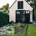 052510-garden-house-in-holland