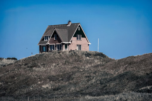 063511-house-on-mountain-in-texel