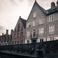 064611-Bruges-canal-right