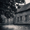 065011-Bruges-houses-on-canal